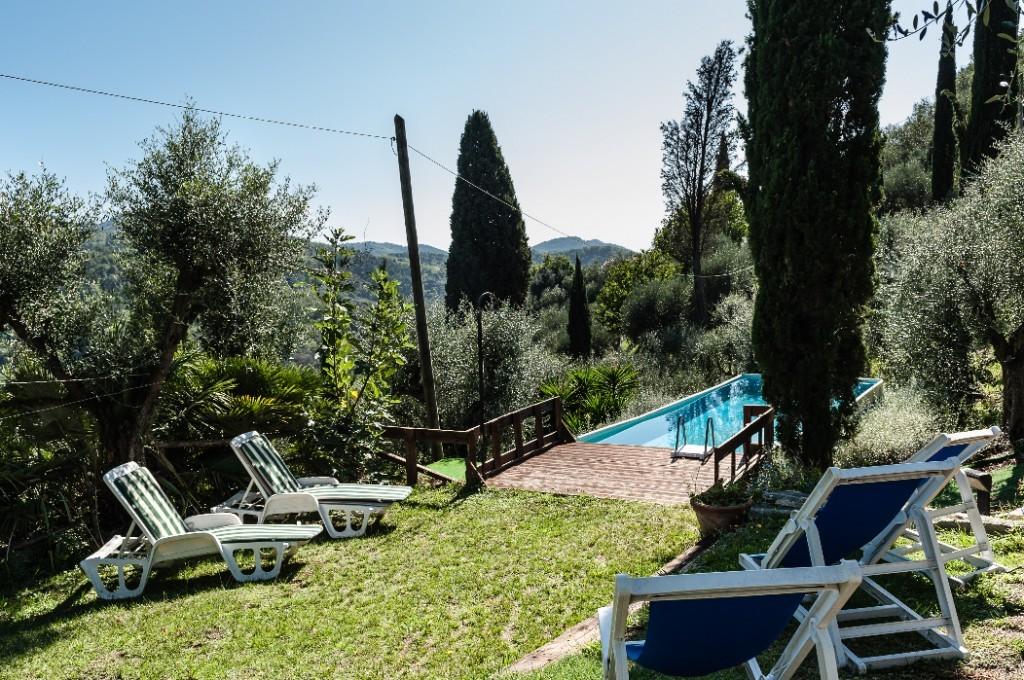 Piscina e giardino privato X 6 - casale 10 Km da mare Viareg - Massarosa
