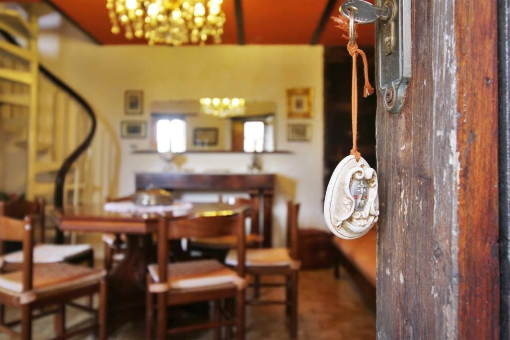 Casa in piccolo borgo medievale con Piscina - Bagni di Lucca
