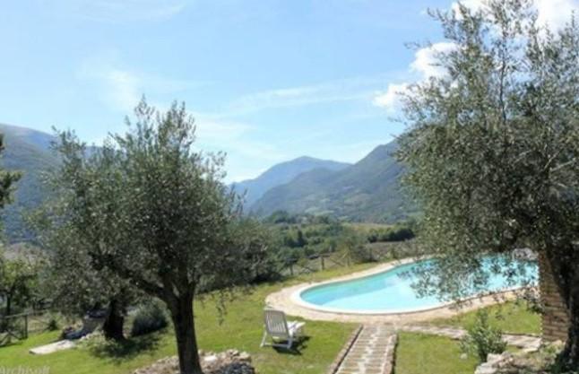 Bellissima casa vacanza vicino a Spoleto con piscina - Sant'Anatolia di Narco