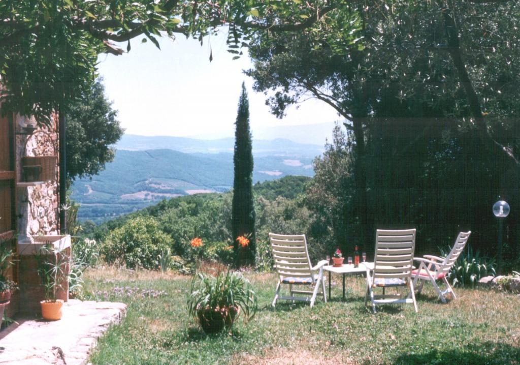 Altes Landhaus in der Natur auf einem Hügel - Civitella Paganico