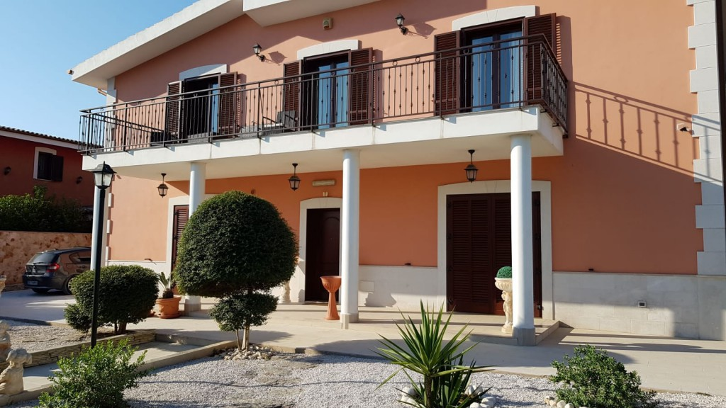 Wunderbare Villa mit Pool - Trani