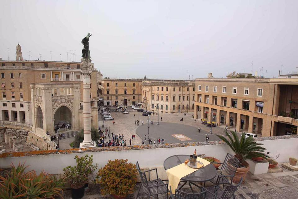 Exclusive Penthouse with terrace on the square - Lecce