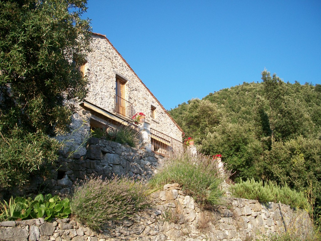 Stone House with sea view at the edge of the National Park of Cilento - Tortorella