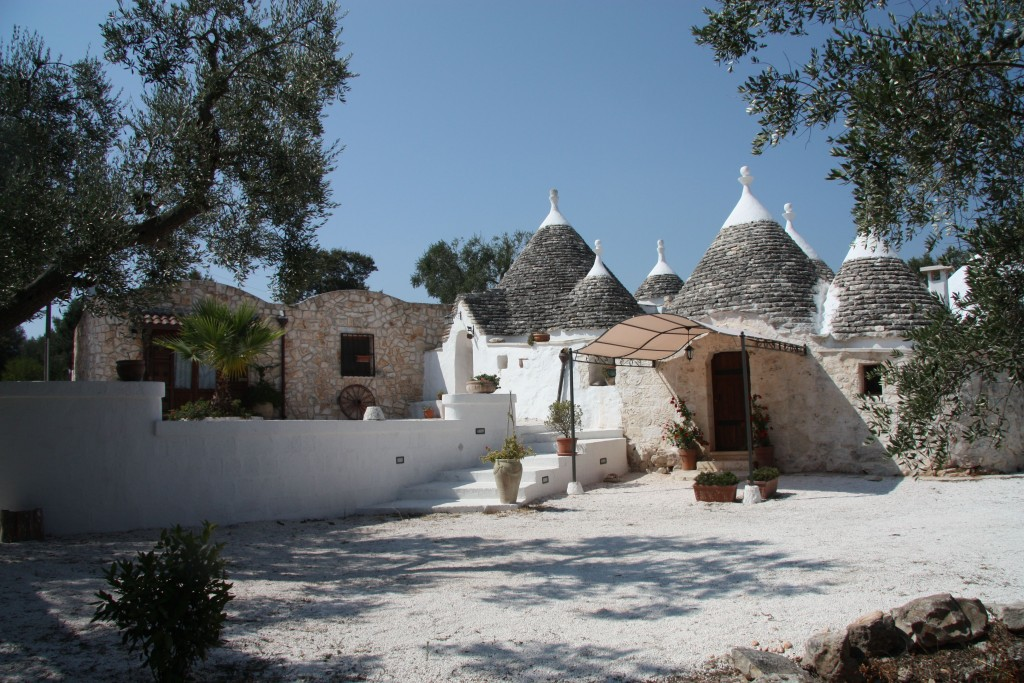 Trulli with pool in the magical Itria Valley - Ceglie Messapica