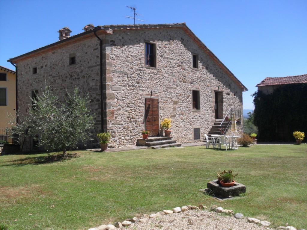 Schönes Steinhaus in den Hügeln der Toskana - Anghiari