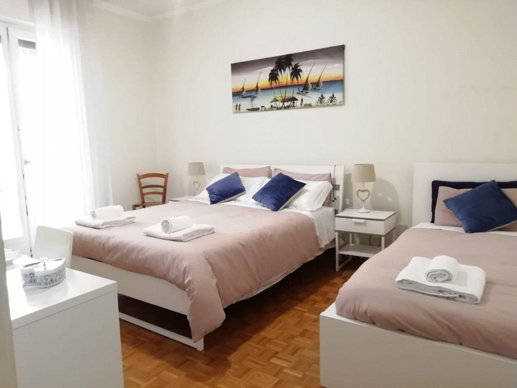 Casa Martina, Double / Triple Room, Wifi Free Parking - Verona
