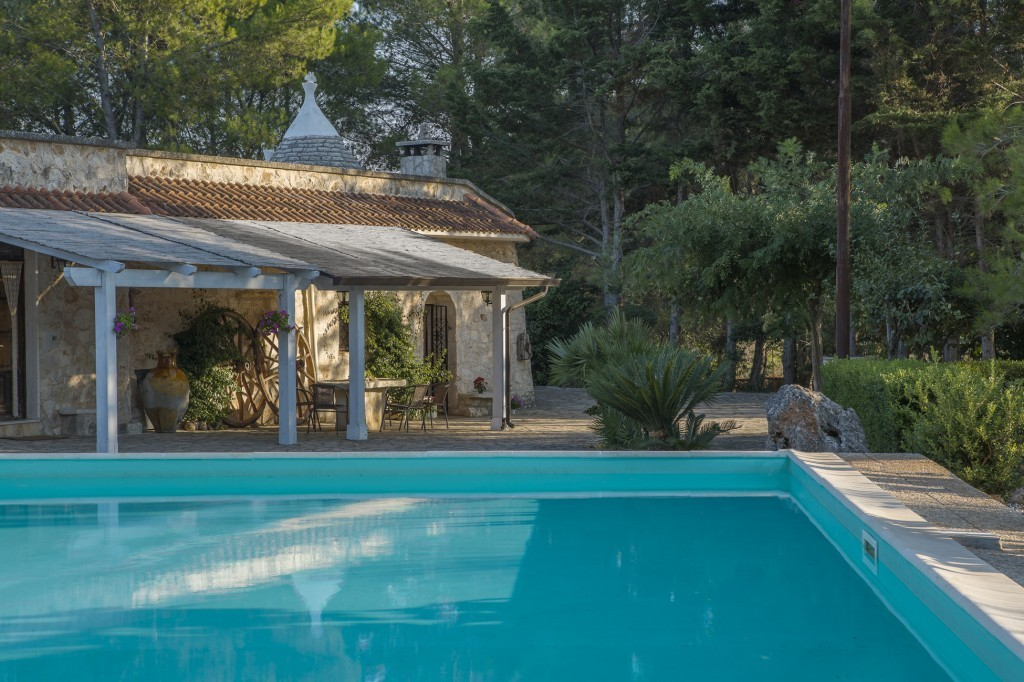 Trullo with large pool and garden - Ceglie Messapica