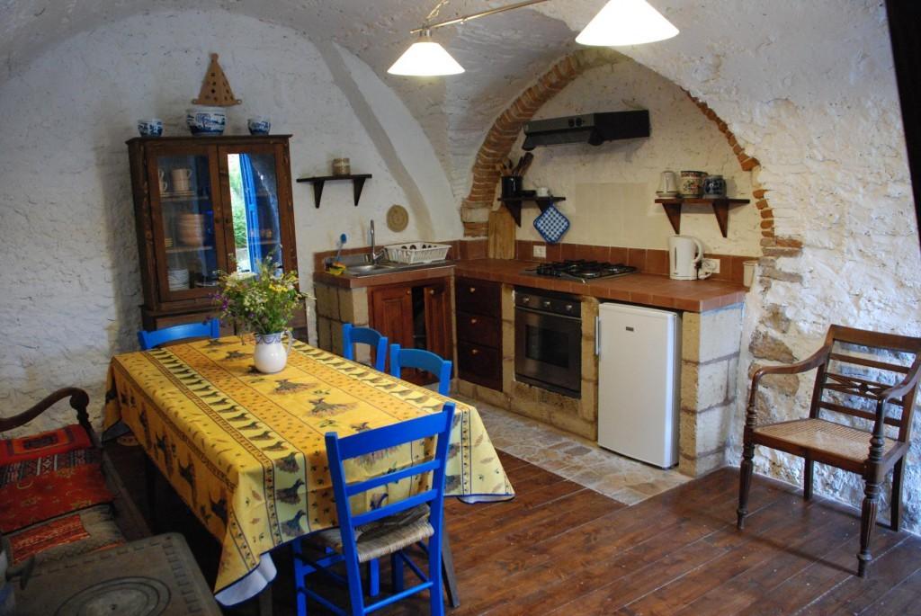 Piazzetta Amorevole: Casa Blu - Tione degli Abruzzi