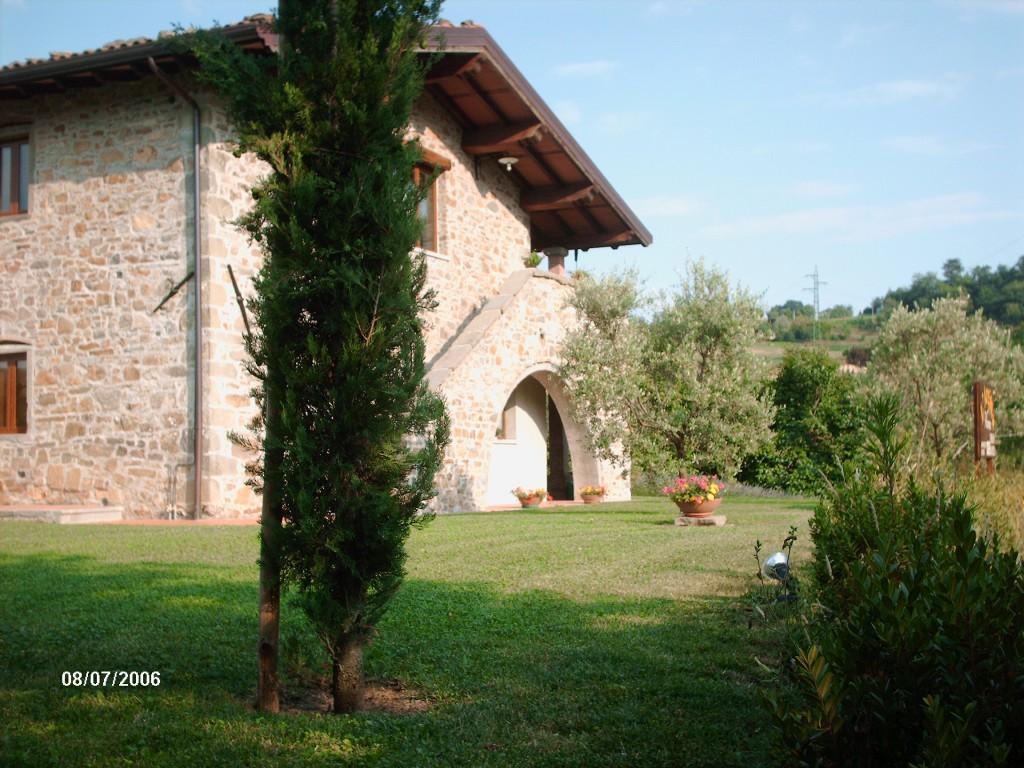 Country/Farmhouse Camporgiano - Camporgiano